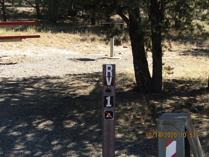 RV Campsite can be reserved RV campsite, Firepit , grill , and table