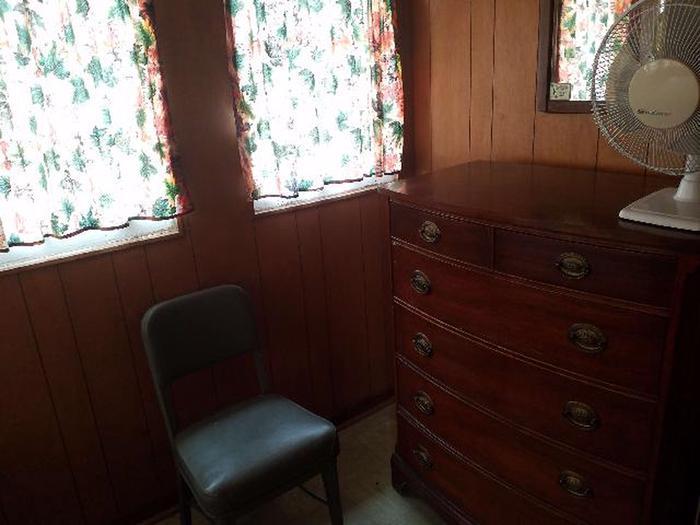 Sandstone Cabin 8