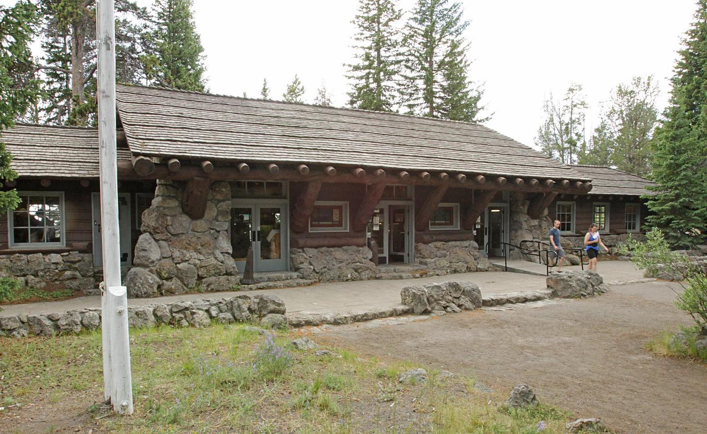 Preview photo of Fishing Bridge Visitor Center and Trailside Museum
