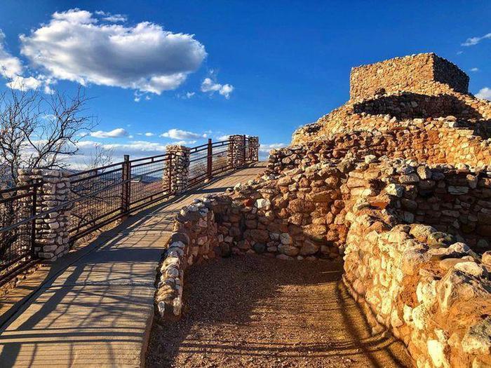 Tuzigoot PuebloA pueblo built by the Sinagua