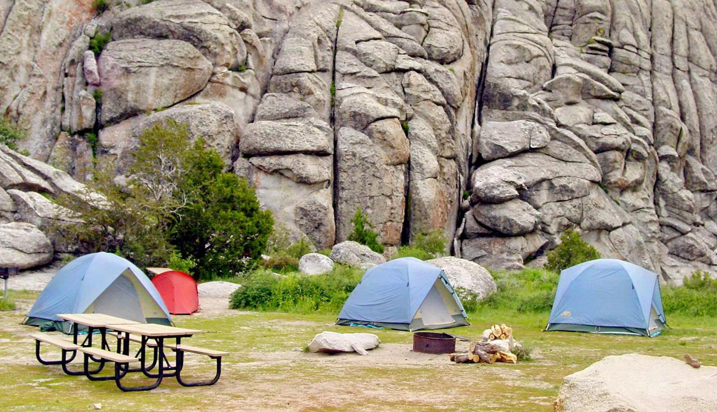 City of Rocks Camping 03City of Rocks offers group camping areas