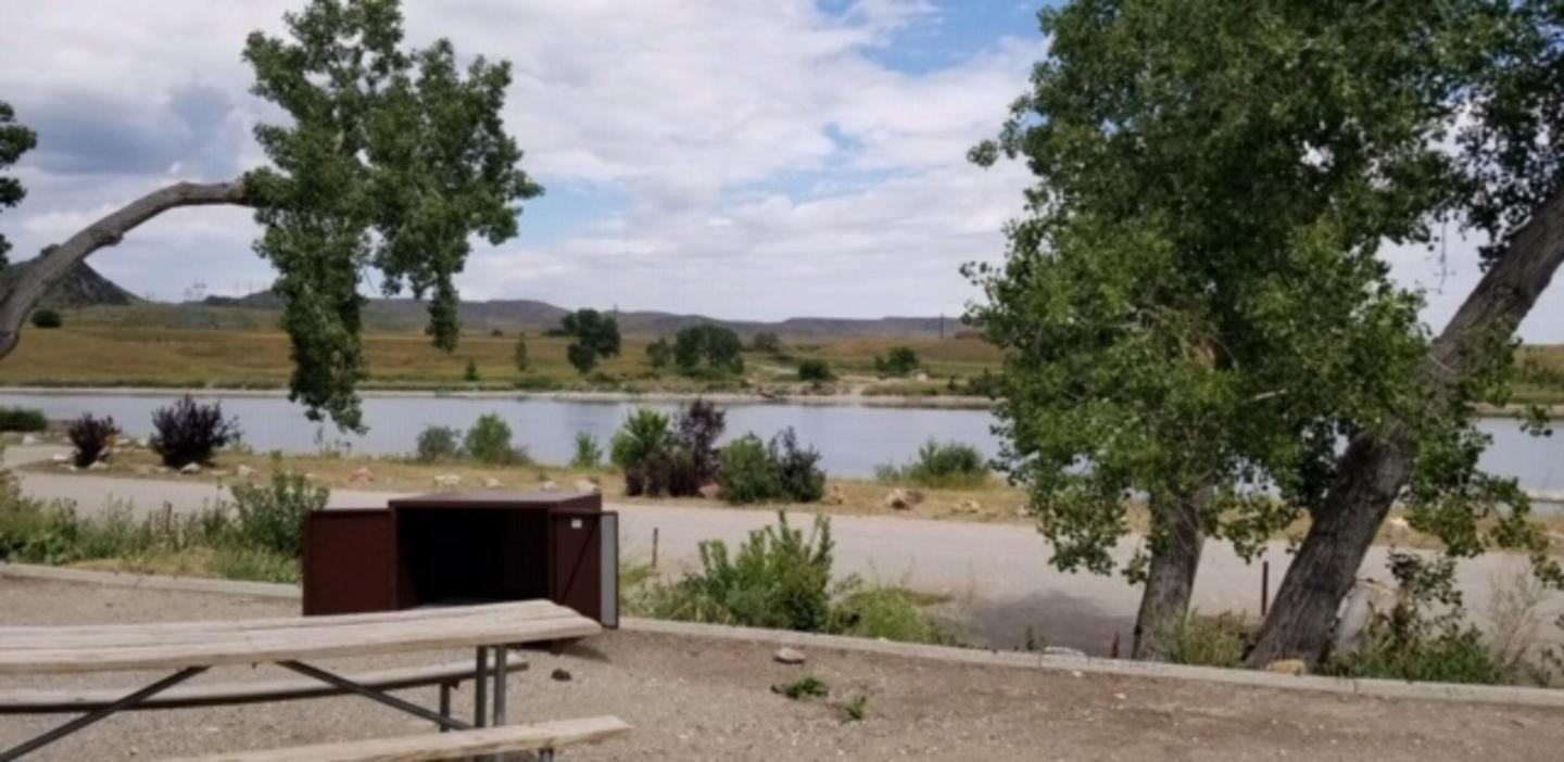 Grapevine Campground looking toward Afterbay Campground