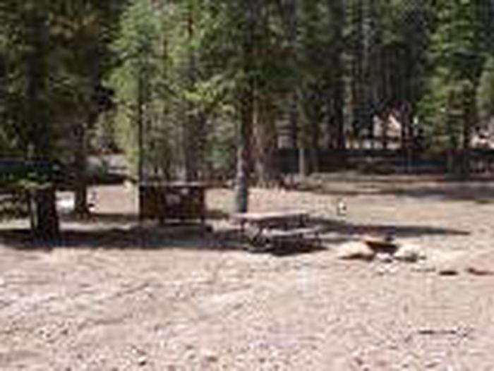 Manzanita Lake Group Site = B28, B30Sites, Loop: Sites B28 and B30, Loop B