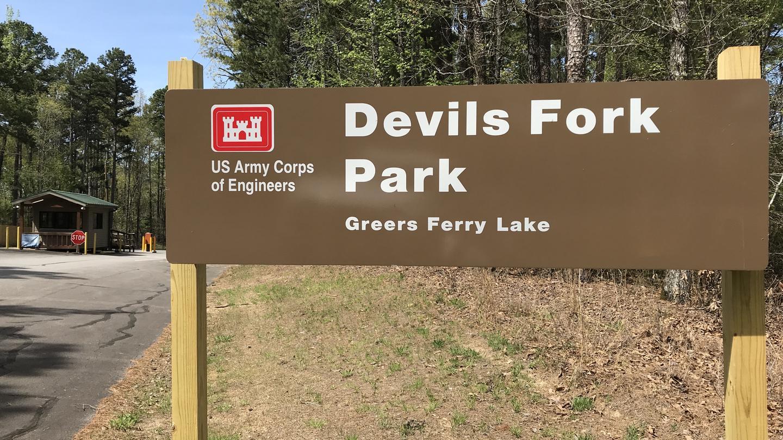 Devils Fork Park