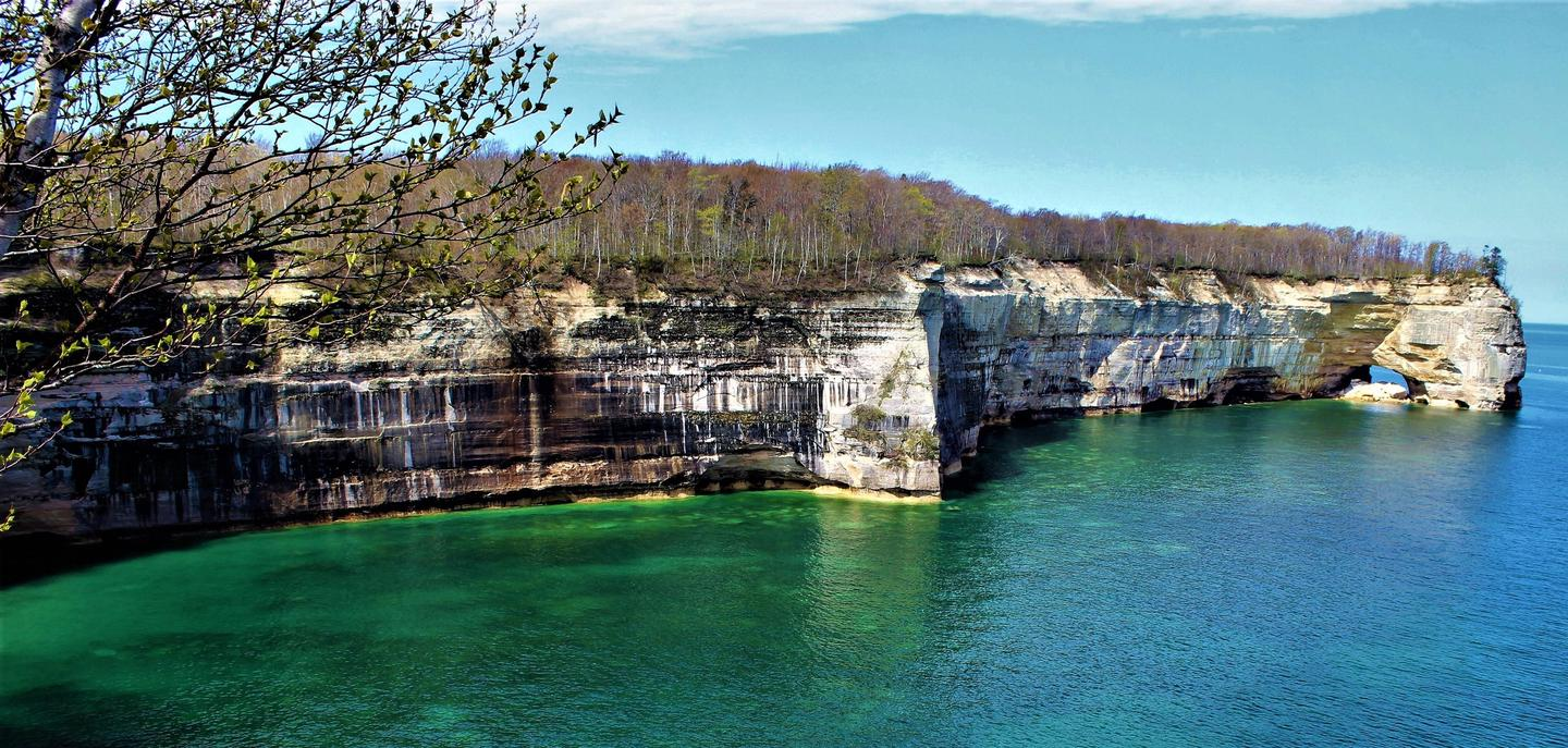 Pictured Rocks Cliffs along the Chapel / Mosquito LoopSpringtime along the Chapel / Mosquito hiking loop