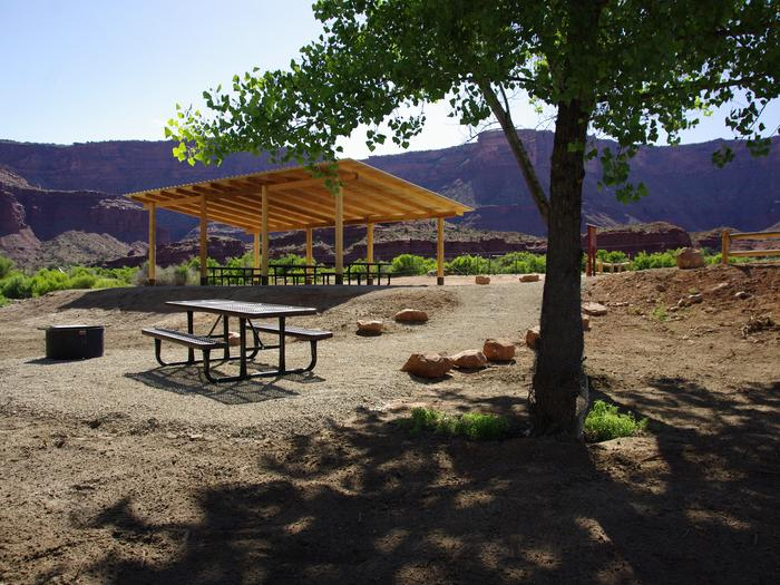 Hittle Bottom Group SitePicnic tables, fire ring, and shade shelter.