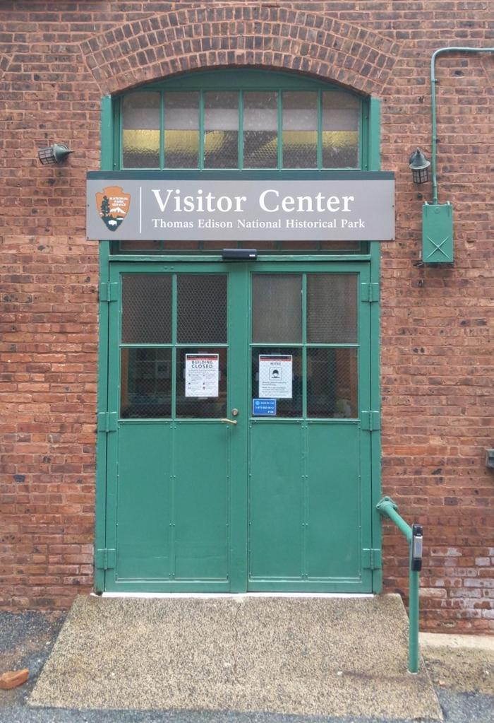 Visitor CenterThrough these doors, all visitors begin their visit of Thomas Edison's laboratory.