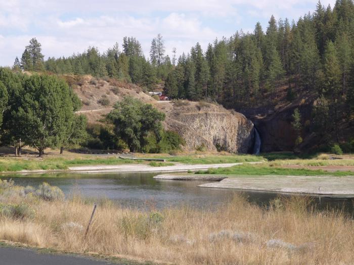 Hawk Creek CG with Water Fall