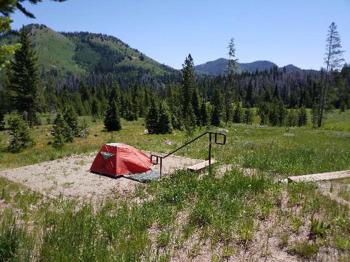 Hahns Peak Lake Campground, Site 24