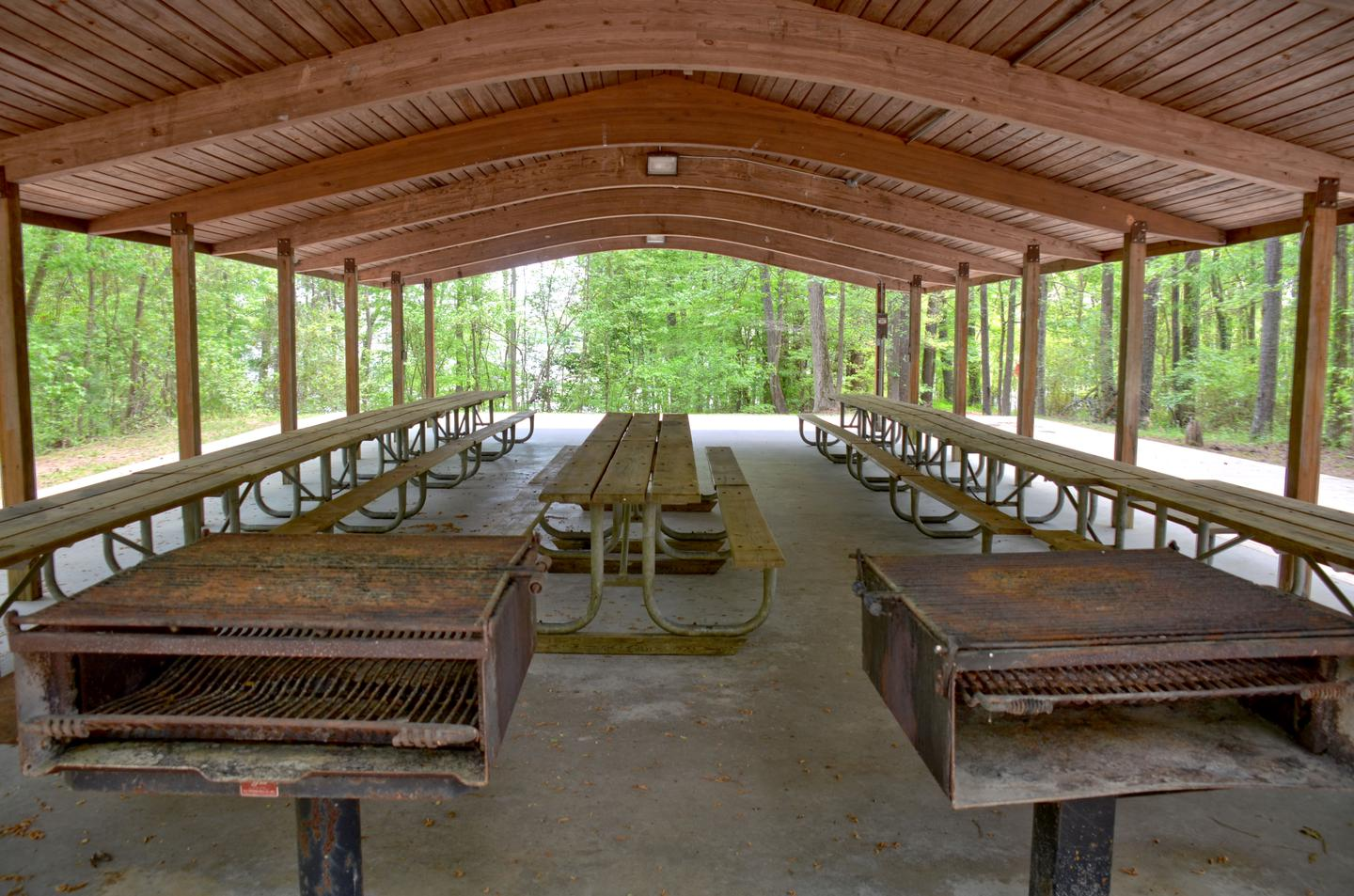 Sweetwater Day Use Shelter. Two large grillsSweetwater Day Use Shelter.  Two large grills