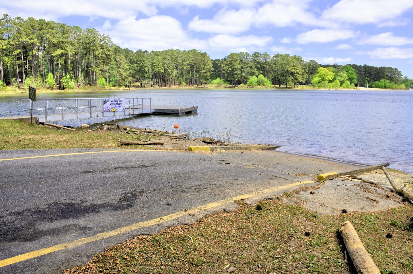 Sweetwater Campground Boat Ramp and Courtesy Dock