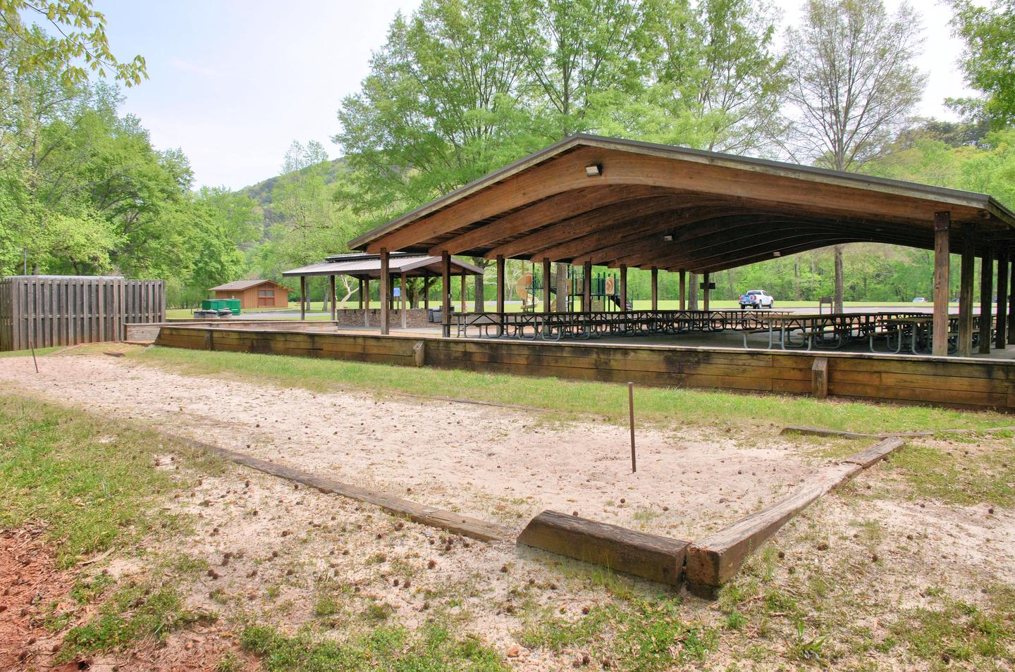 Riverside Day Use Area, Shelter A Horseshoes