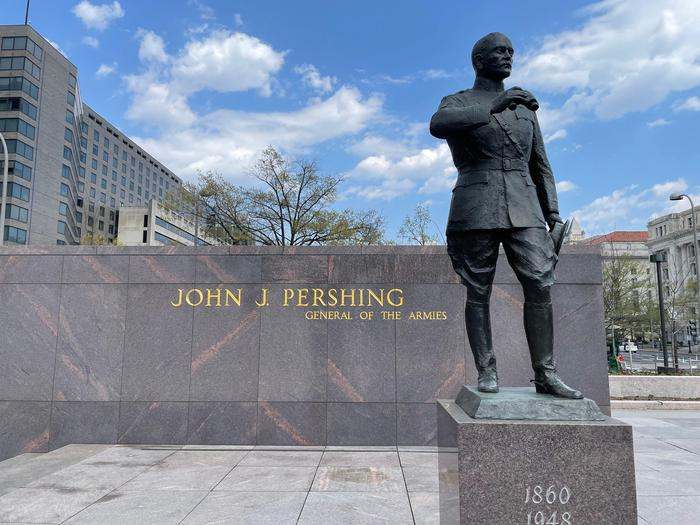 General Pershing StatueImage of the General Pershing Statue within the Memorial