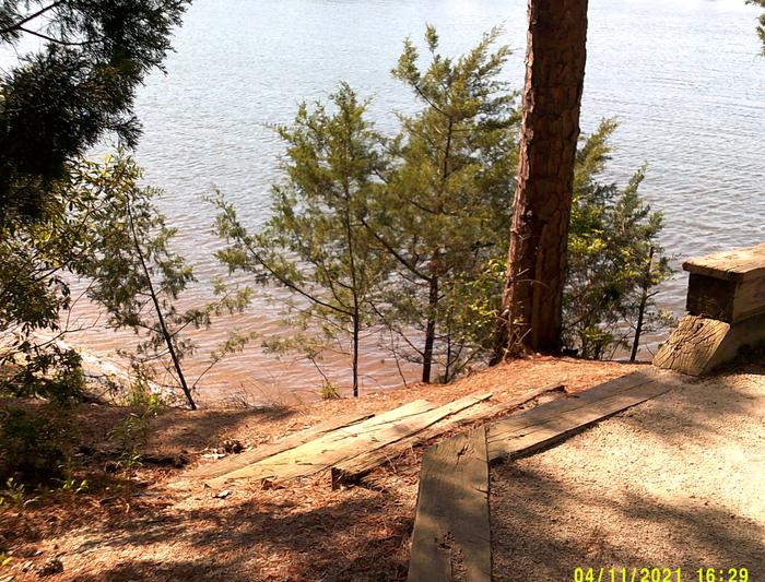 Site 38 Steps to the lake