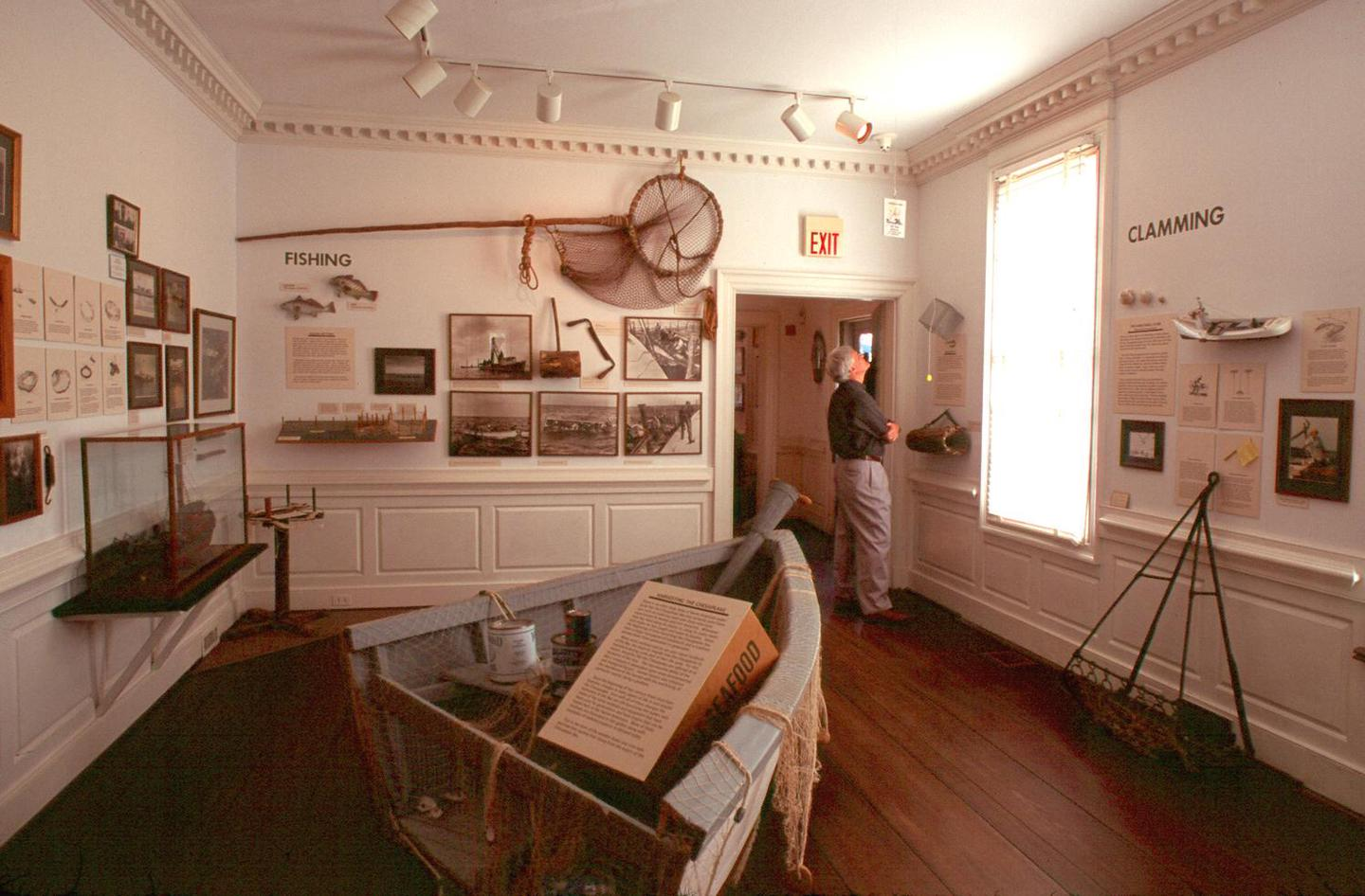 Watermen's MuseumThe Watermen's Museum preserves the history of fishing and boating in the Chesapeake.