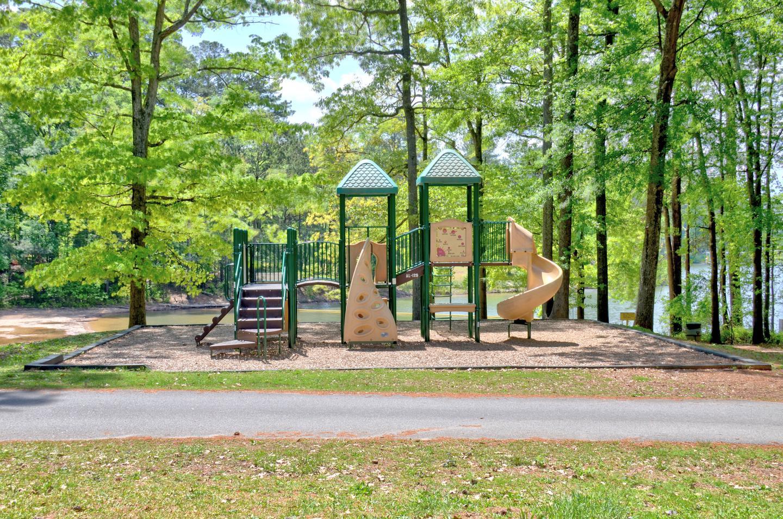Victoria Campground Playground (1)Victoria Campground Playground