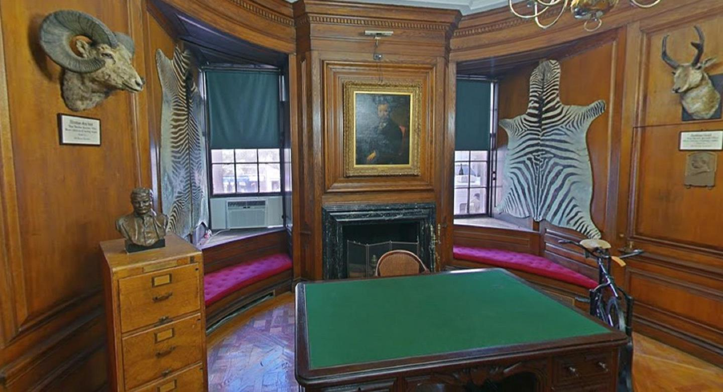 Lion's RoomTaxidermy pieces and TR's Assistant Secretary to the Navy desk on display in the Lion's Room