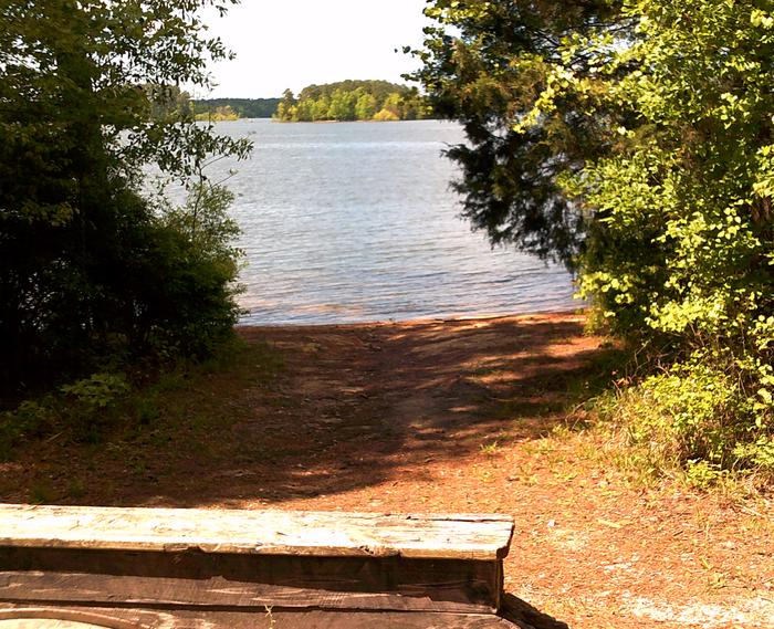 Site 35 trail to the lake