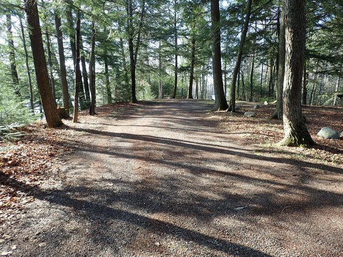 Site P14 driveDriveway for Site P14