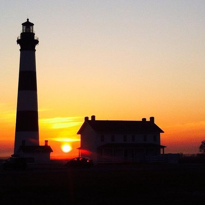 Sunrise at Bodie Island LighthouseAnother beautiful day at Bodie Island Lighthouse