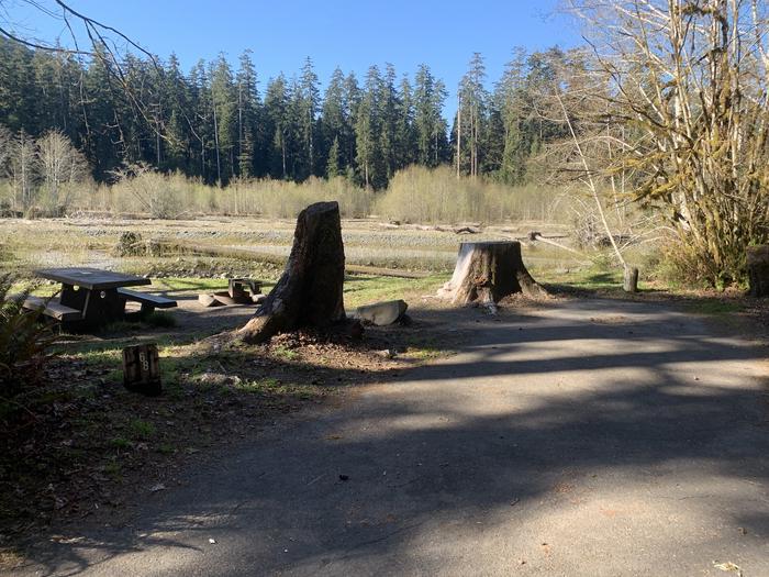 campsite on riverC68