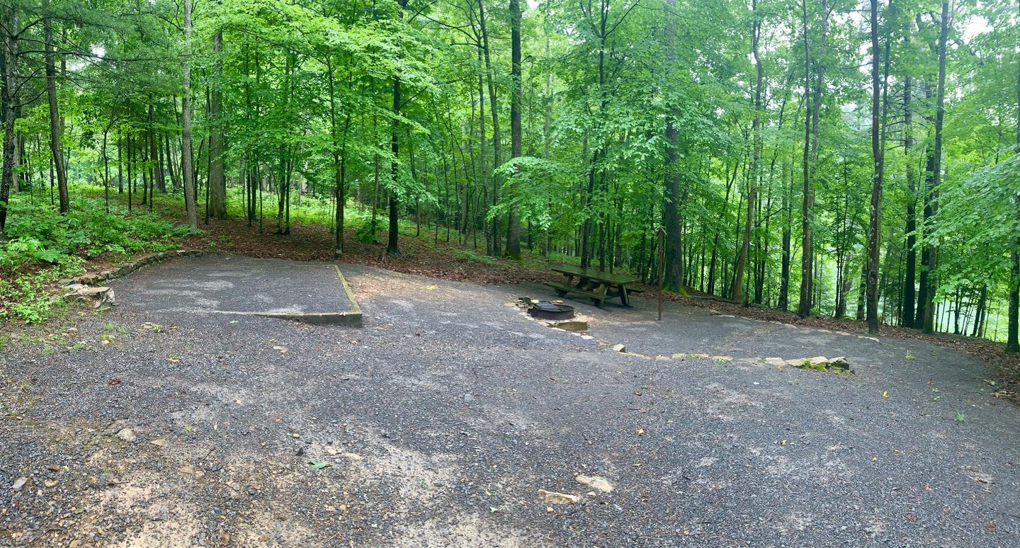 Campsite #10 Eating Area Reservable