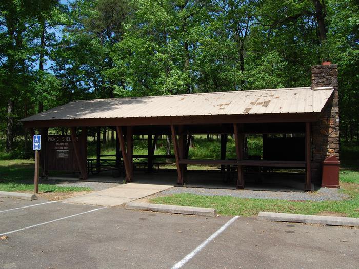 Horseshoe Bend Group ShelterHorseshoe Bend Ground Shelter