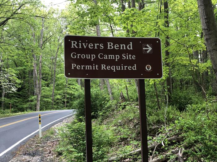 Signs located on both sides of Rivers Bend Campground