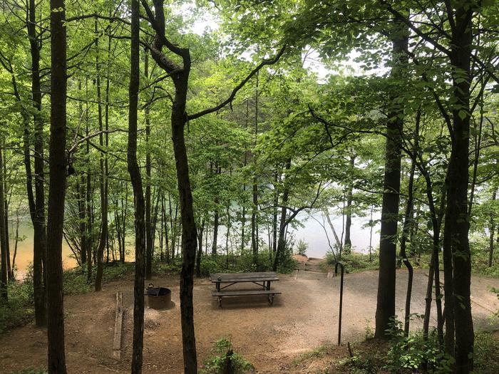 Quiet lakeside walk-in site