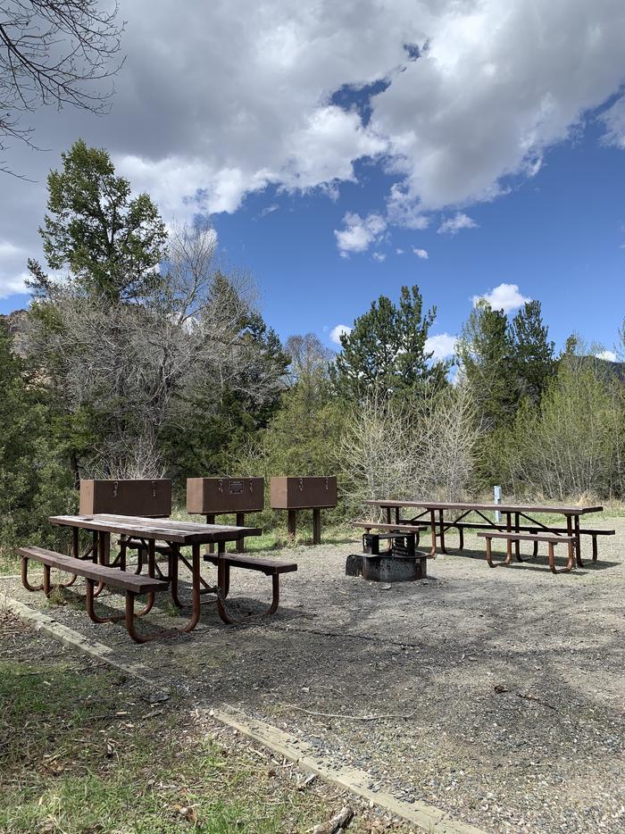 Wapiti Campsite 18 - Side View of Picnic Area, picnic table, fire ring, bear boxesWapiti Campsite 18 - Side View of Picnic Area