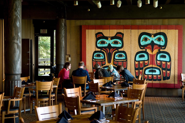 The Glacier Bay Lodge Dining RoomGlacier Bay Lodge dining room