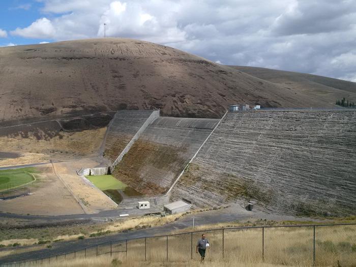 Willow Creek DamWillow Creek Dam and Lake