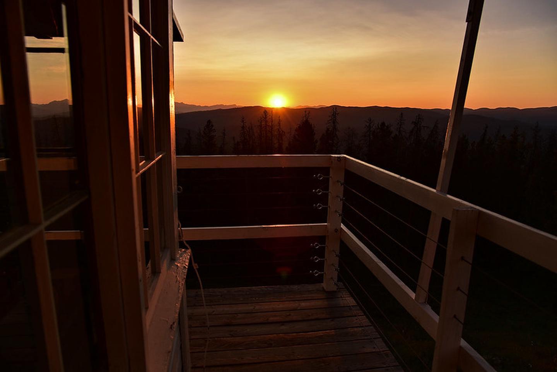 McCart Lookout sunsetsunset from McCart Lookout catwalk