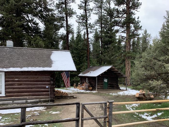 Preview photo of East Fork Cabin