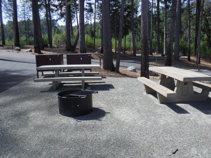 Campsite 6 Double2 bear boxes, 2 tables and fire ring