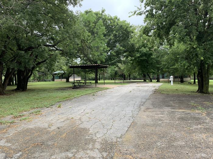 Site 15 Holiday Campground