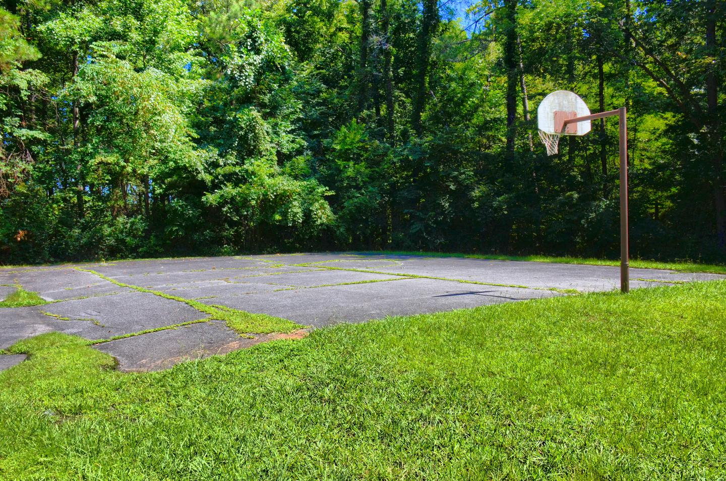 Old 41 #3 Campground..Old 41 #3 Campground Half-Court Basketball