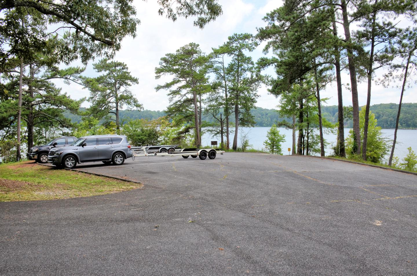 Old Hwy 41 #3 Boat Ramp Parking