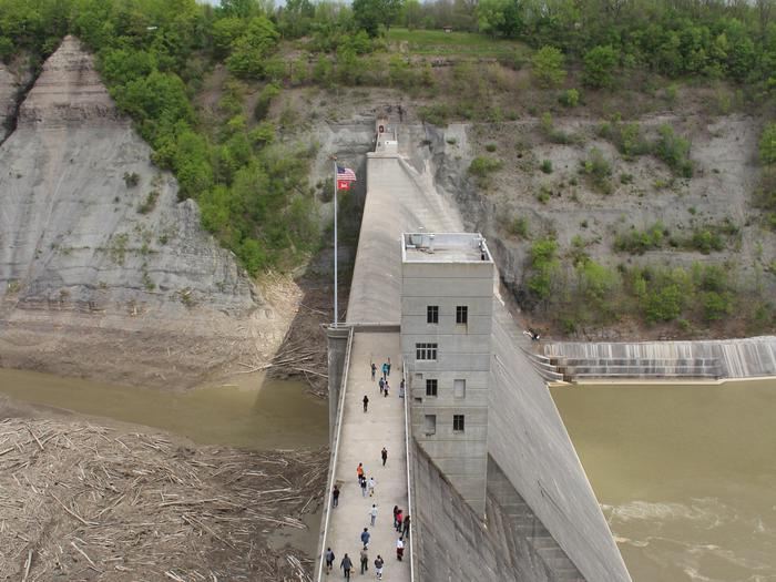 Top of the Dam Guided Walk