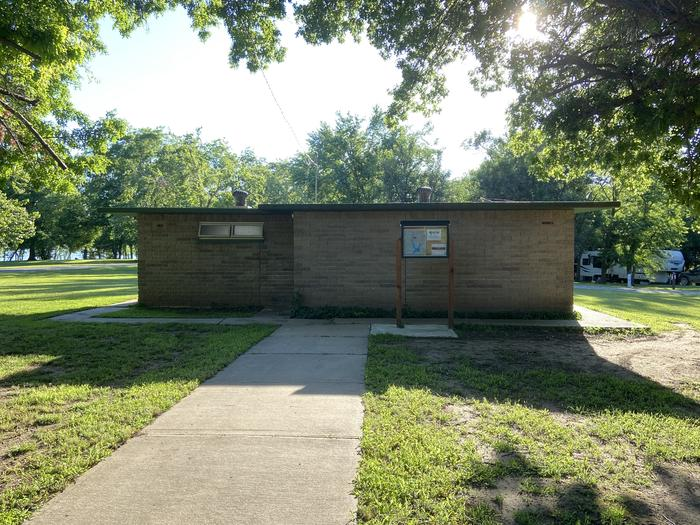 A photo of facility BEAR CREEK COVE - shower house with flush toilets