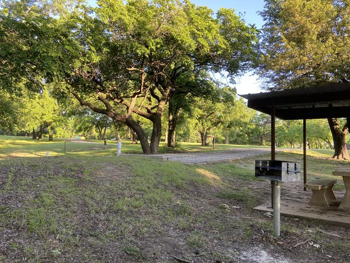 A photo of Site 15 of Loop BCRC at BEAR CREEK COVE with Electricity Hookup, Shade, Water Hookup