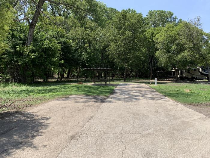 A photo of Site 005 of Loop PPAT at Holiday (Texas) with Picnic Table, Electricity Hookup, Water Hookup