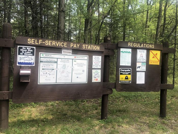 A photo of facility ROUND LAKE  Info board