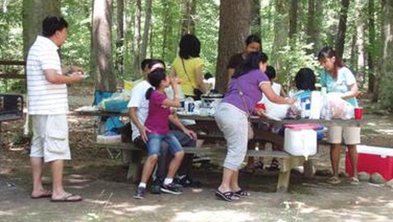 CAVE MOUNTAIN LAKE FAMILY CAMP