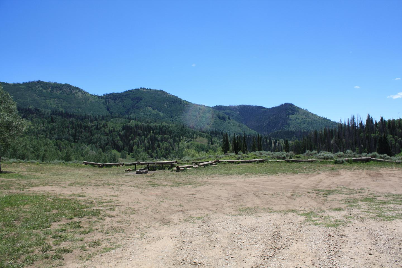 Lake Canyon Campground  -  Rolfson Group SiteCLake Canyon Campground  -  Rolfson Group Site  C
