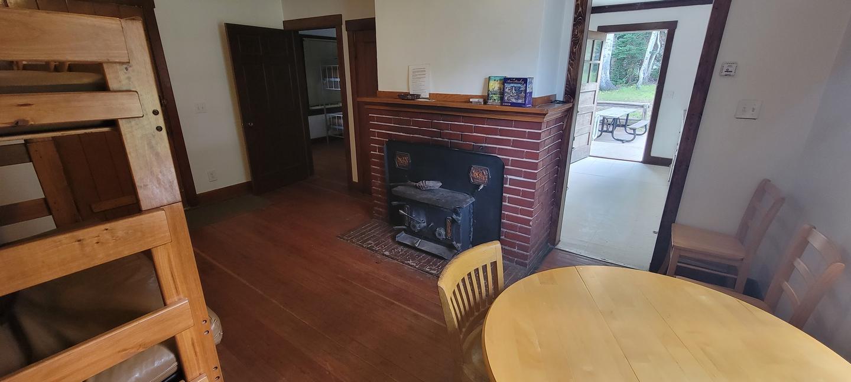 Mammoth Guard Station - Living Room2