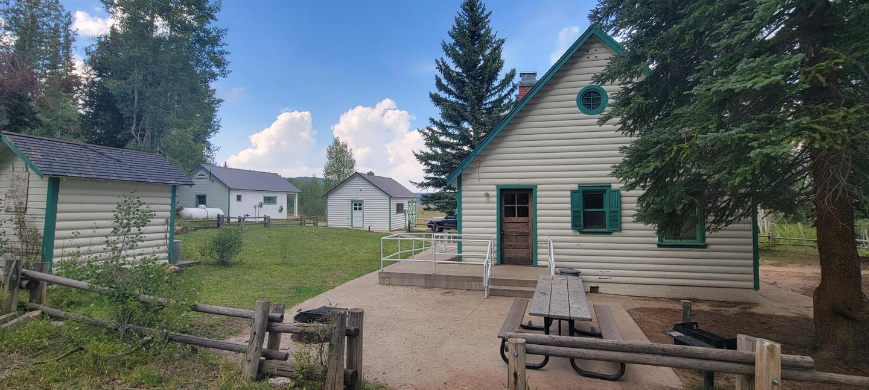 Mammoth Guard Station - Backyard