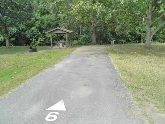 Wilbur D. Mills 06 Driveway