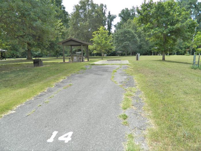 Wilbur D. Mills 14 Driveway