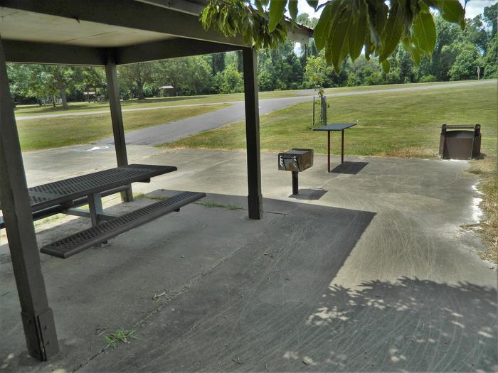 [Handicap Accessible Site] Wilbur D. Mills 21 Detail